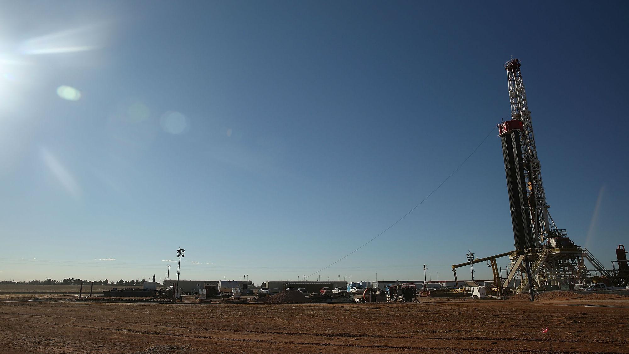fracking-well.jpg